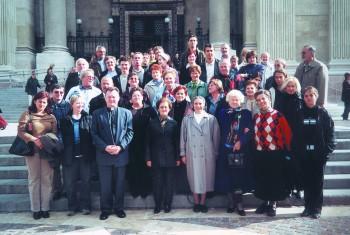 Meřani pevski zbor iz Sobote na obisku pri Slovencih v Budimpešti oktobra 2003